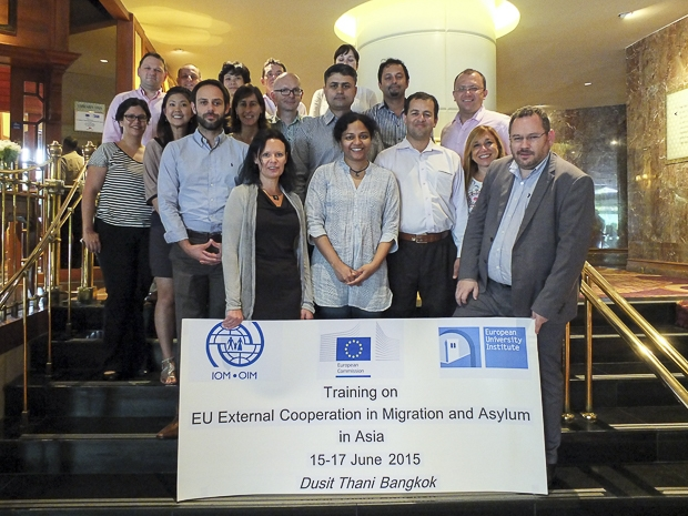 Photo group of the ETEM training participants